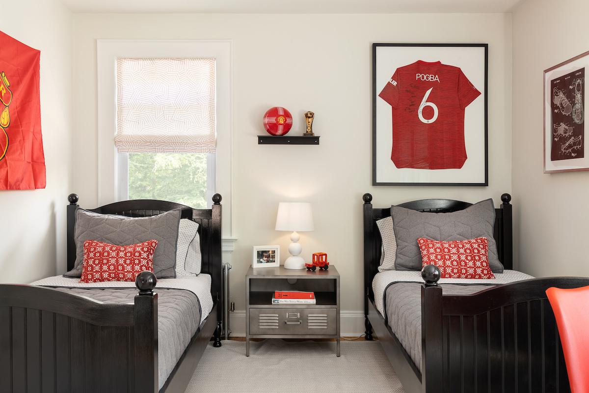 campbell-minister-design-boys-childrens-bedroom-design-twin-beds
