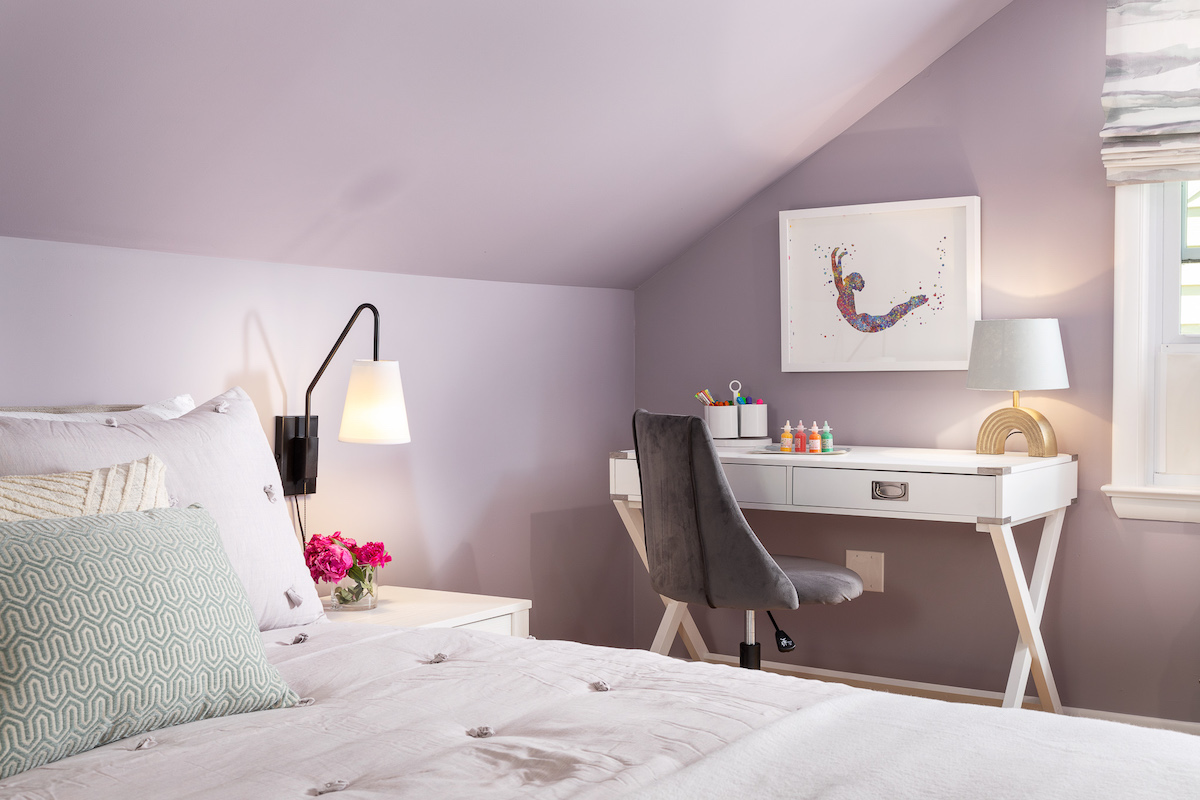 childrens-bedroom-purple-walls-white-desk
