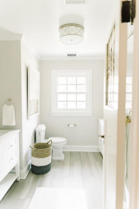campbell-minister-design-white-bathroom-design