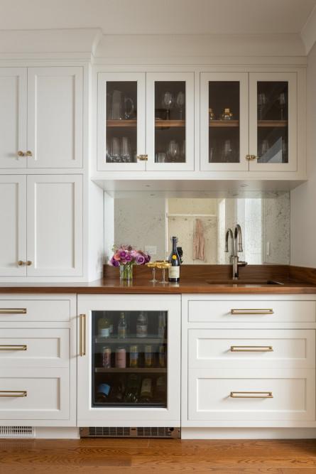 kitchen-wet-bar-sink-wine-beer-drink-fridge