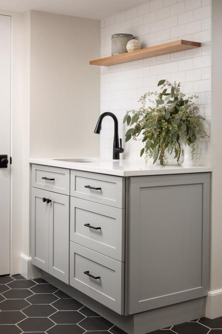 mudroom-laundry-room-sink-interior-design-subway-tile