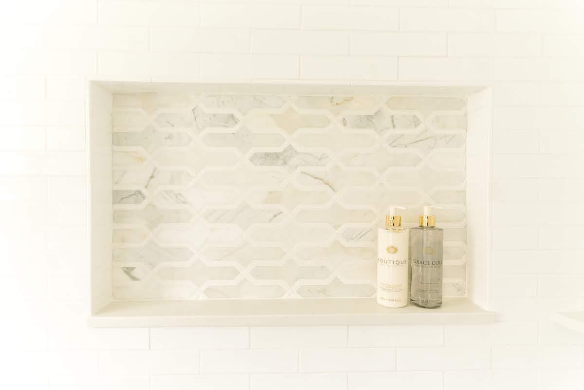 shower-tile-built-in-shelf-detail